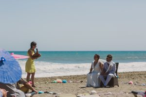 Heiraten am Meer bei einer freien Trauung mit Strauß & Fliege Traurednerin Rune