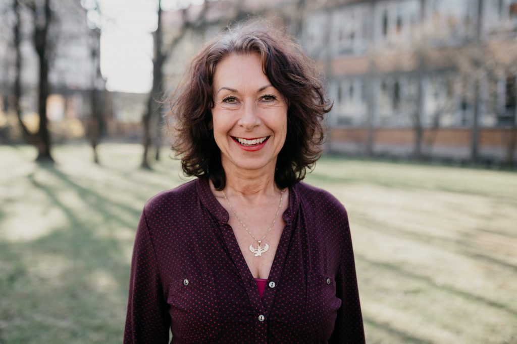 Susanne ist Traurednerin Freiburg und Umgebung von Strauß & Fliege