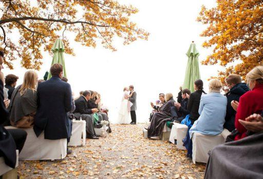 Trauungenam Chiemsee mit Hochzeitsredner von Strauß & Fliege