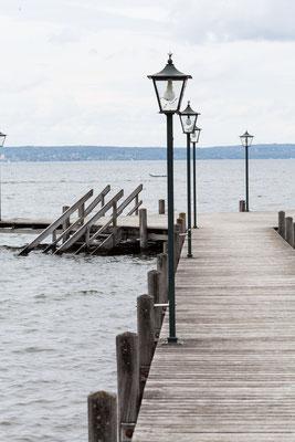 Holzsteg am Starnberger See eignet sich wunderbar für eine freie Trauung