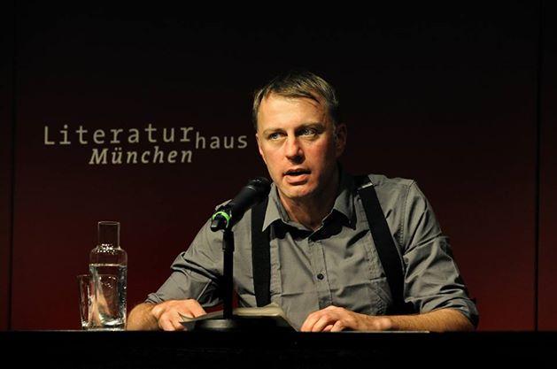 Hochzeitsredner Marco Böhlandt von Strauß & Fliege