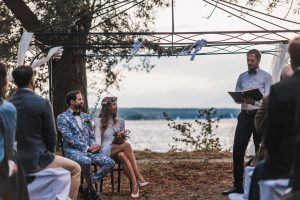 Tobias Wollschläger hält gleichgeschlechtliche Hochzeitsfeiern und freie Trauungen in Berlin und Brandenburg