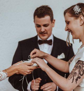 Freie Trauungen mit Hochzeitsrednerin von Strauß & Fliege