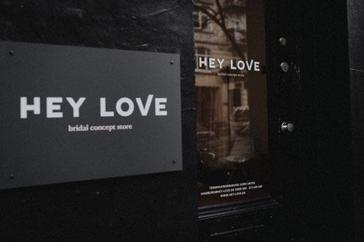 Brautkleider mit Style gibts bei Hey Love