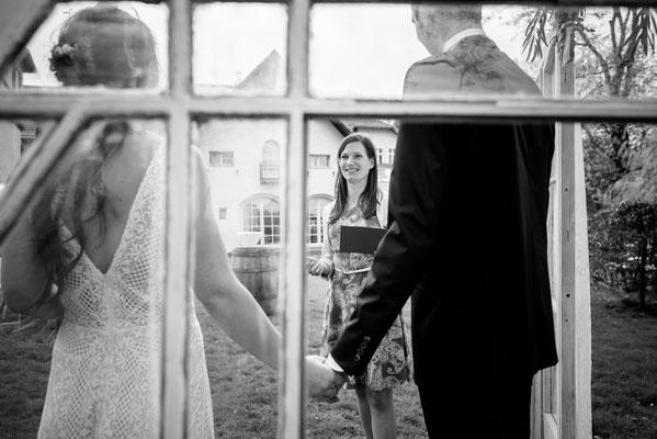 Hochzeit, Heiraten, Freie Trauung mit Strauß & Fliege
