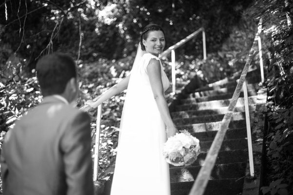 Wunderschöne freie Hochzeit in Ingolstadt mit Strauß & Fliege