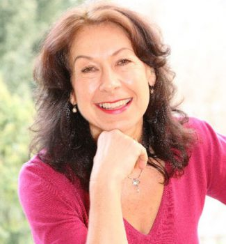 Susanne Kessner ist Pastorin und freie Traurednerin