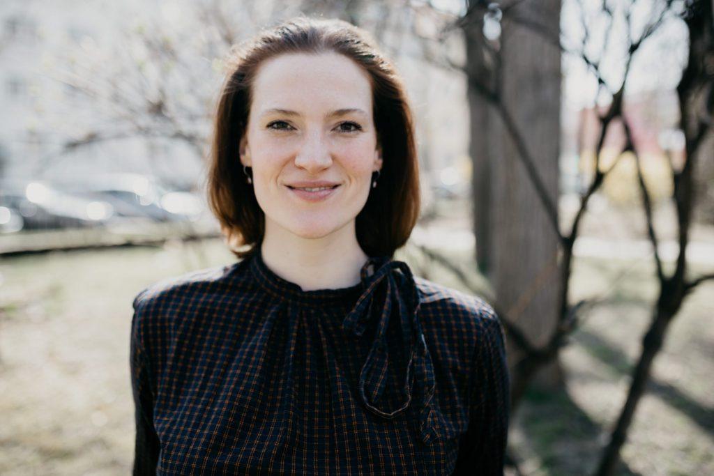 Juliane ist Traurednerin von Strauß & Fliege in Berlin