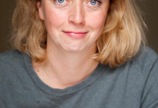 Elna Lindgens gestaltet Eure freie Trauzeremonie und hält die Rede auf Eurer freien Trauung