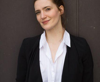 Juliane Dreyer hält Eure freie Trauung in Berlin