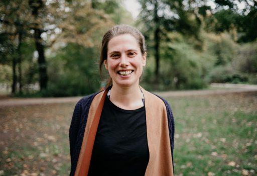 Linda ist Traurednerin in Berlin