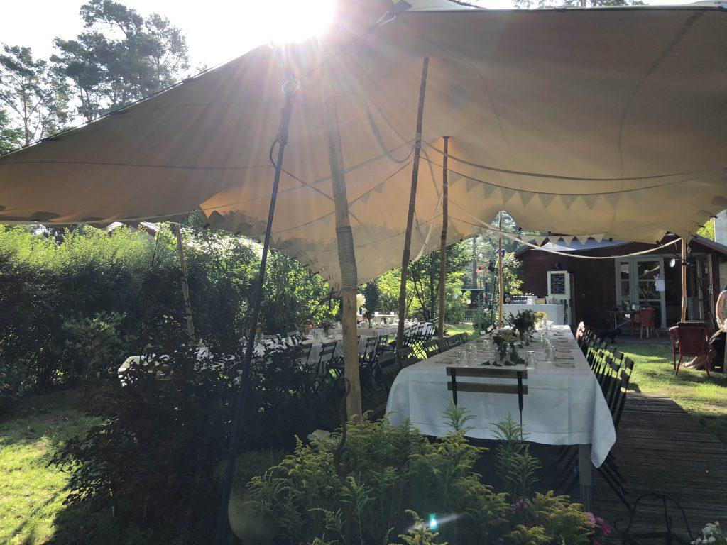Eure Hochzeit im Zelt wird mit Strauß & Fliege ein einzigartiges Ereignis