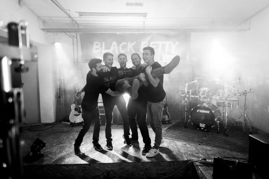 Unser Tipp: die Hochzeitsband Black Betty