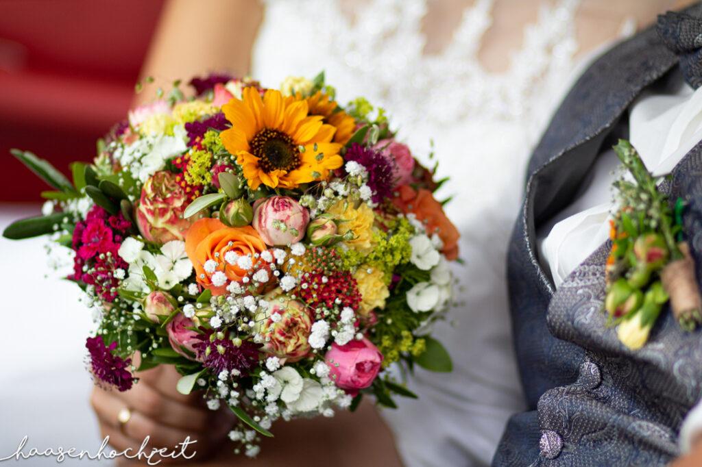 Traumhafter Brautstrauß Sommerblumenstrauß