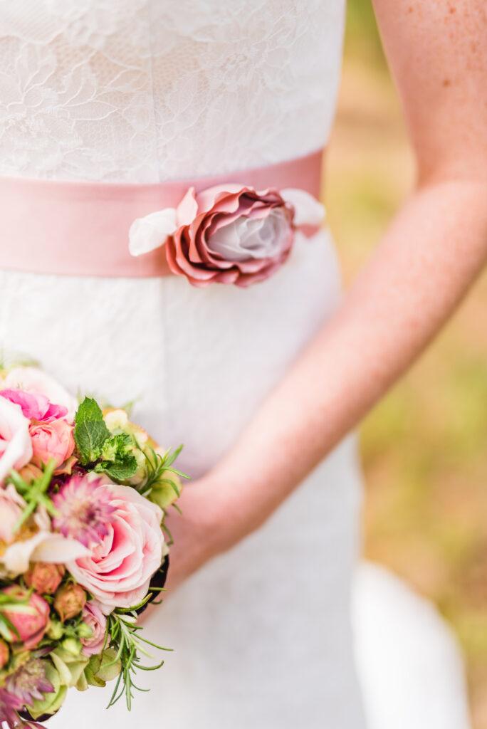 Blumen Braut | Accessoires Hochzeit | Strauß & Fliege