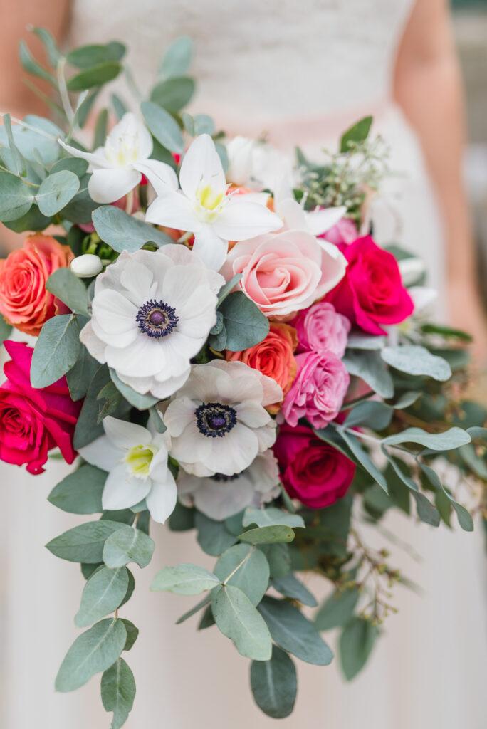 Brautstrauß modern | Blumenstrauß Hochzeit | Strauß & Fliege
