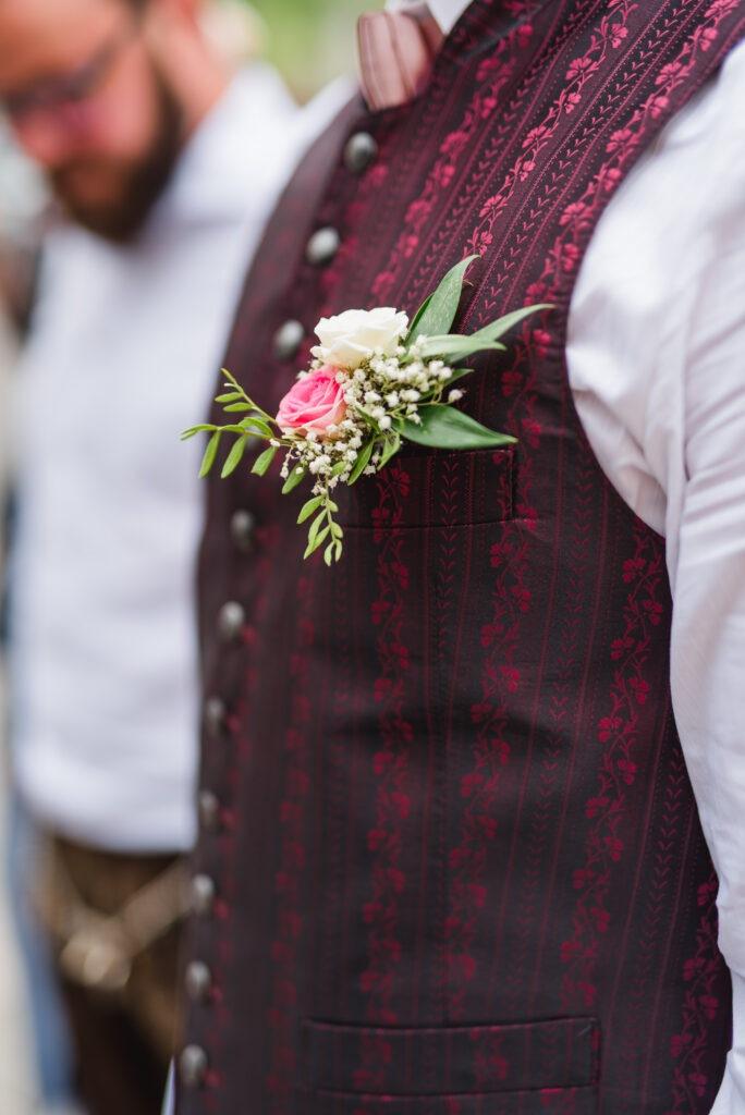 Blumen Bräutigam | Accessoires Hochzeit | Strauß & Fliege