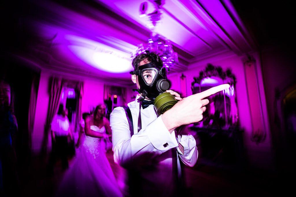 Wilde Partystimmung aus Hochzeit in Frankfurt | Strauß & Fliege