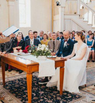 Freie Trauung Berlin mit Hochzeitsredner Dr. Patrick Diemling | Strauß & Fliege