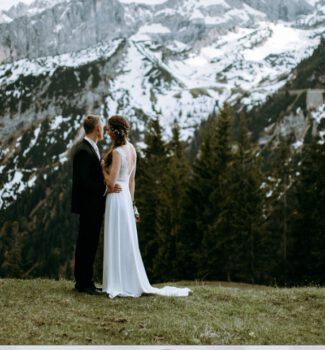 Freie Trauung in den Alpen   Hochzeit Kreuzjochhaus   Strauß & Fliege