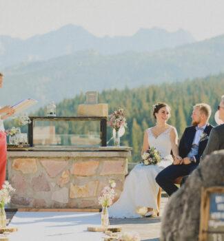 Freie Trauung in den Bergen | Professionelle Hochzeitsredner | Strauß & Fliege